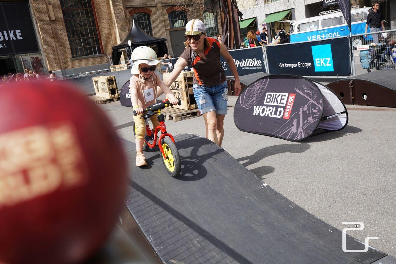 Urban-Bike-Festival-zuerich-18-web-pls24.ch-DSC56